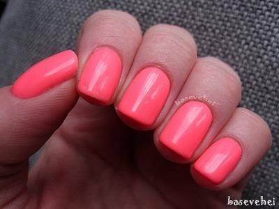 Paznokcie hybrydowe - Jak zrobić manicure hybrydowy? Semilac 033 Pink Doll