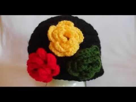 Czapka na szydełku z kwiatkiem, crochet beanie, czapeczka szydełkowa