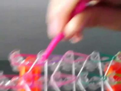 Jak zrobic bransoletke kolorowa z gumek
