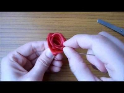 Różyczka ze wstążki atłasowej