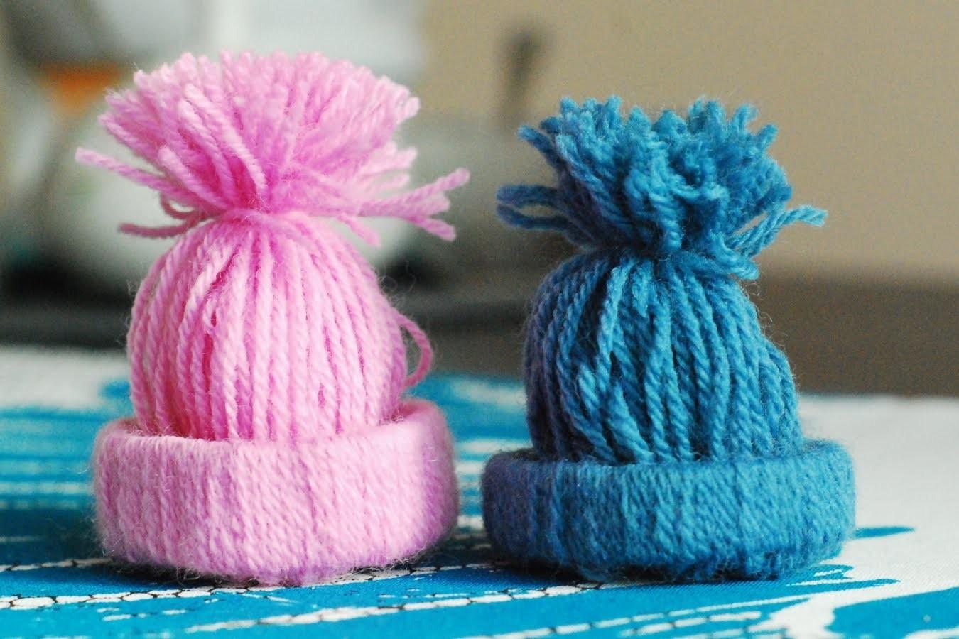 Czapka z wełny i rolki. Winter Hat from wool and roll