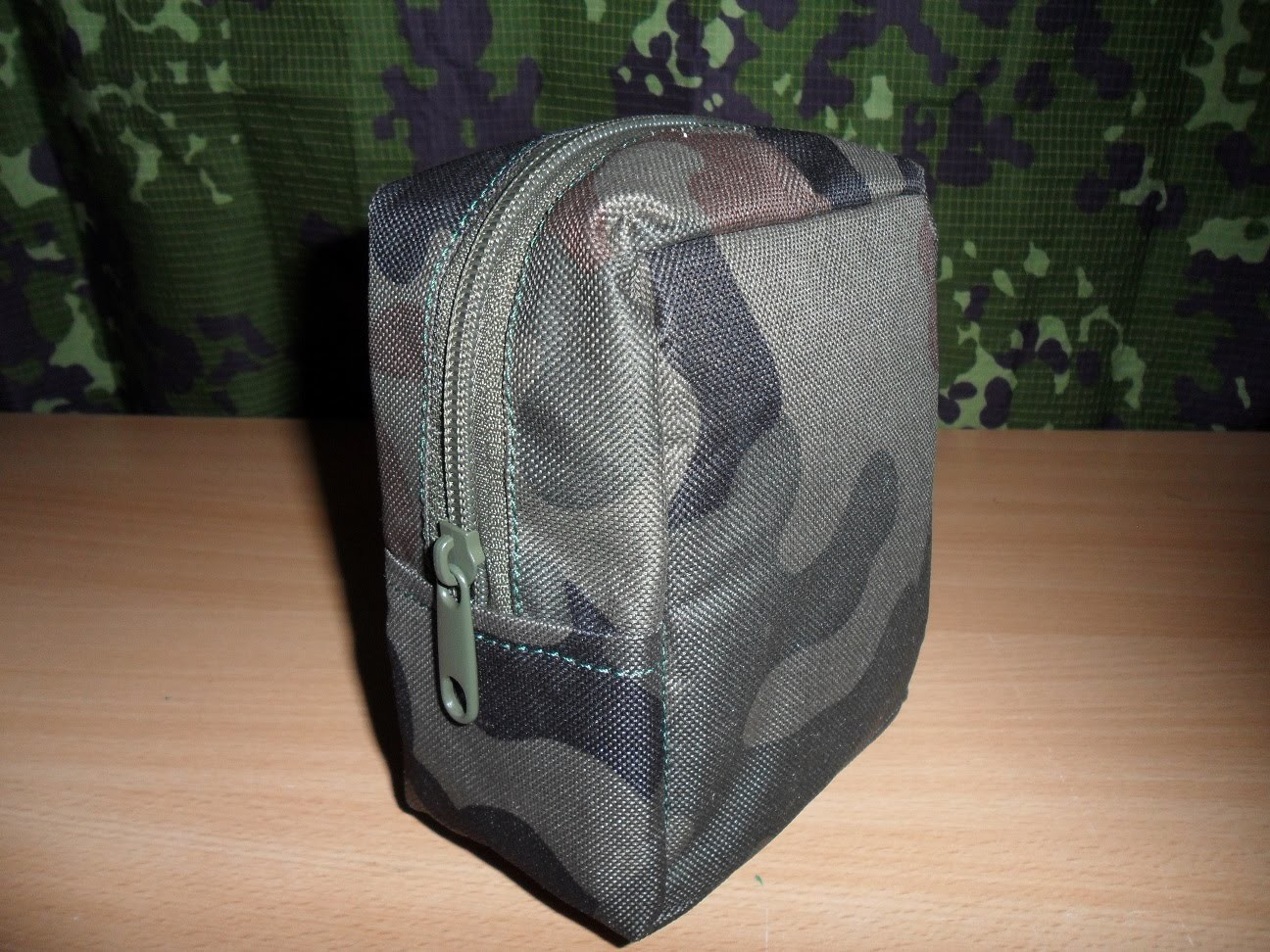 Kieszeń  CARGO zrób to sam. DIY Tactical Zipper Pouch homemade