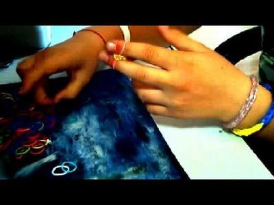 Bransoletka z gumek recepturek ( rainbow loom )