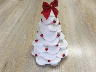 DIY | Jak zrobić choinkę z płatków kosmetycznych I christmas tree #1