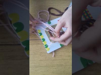 """,,Craft beads play set"""" bransoletki ze sznureczków."""