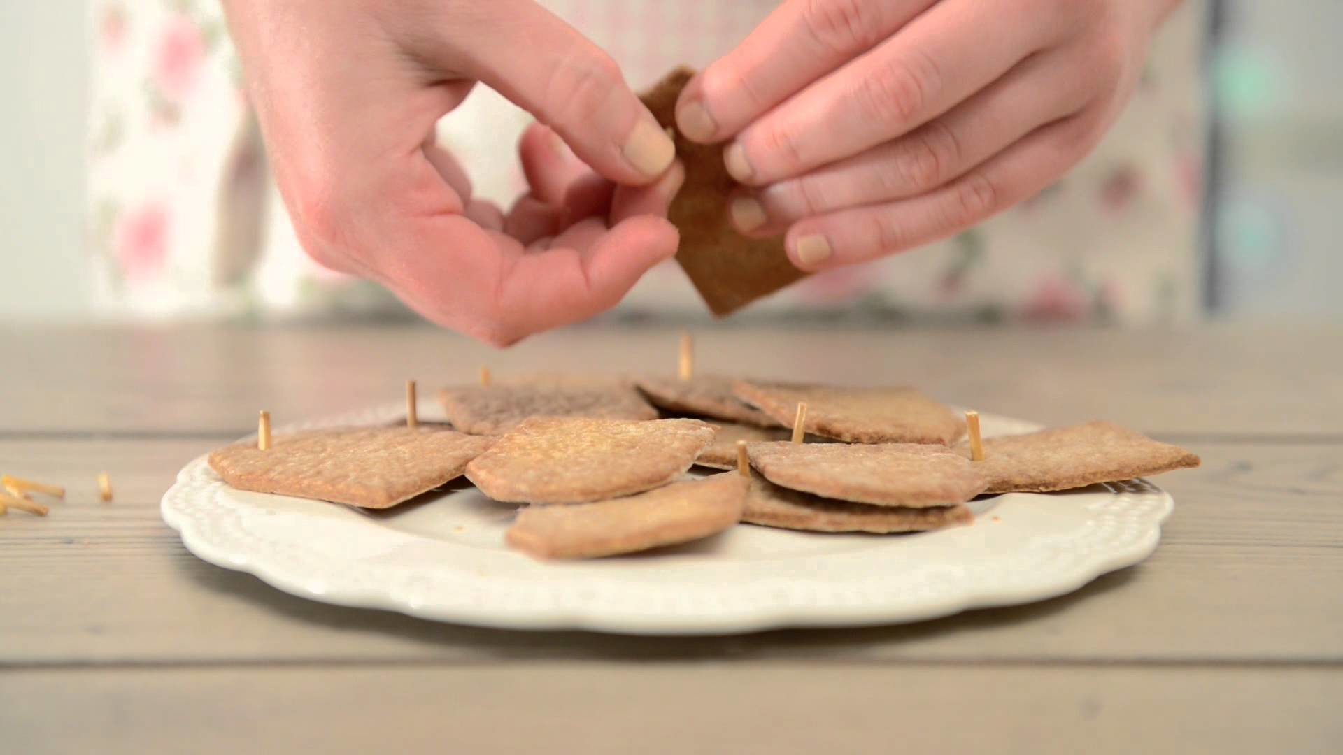DIY Christmas Decoration - gingerbreads. Bileciki do prezentów - jak zrobić? Tutorial
