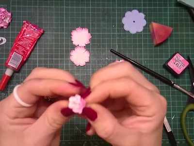 PAPIEROWY GOŹDZIK z wykrojnika Marianne Design – Button Flower, scrapbooking, tutorial, DIY