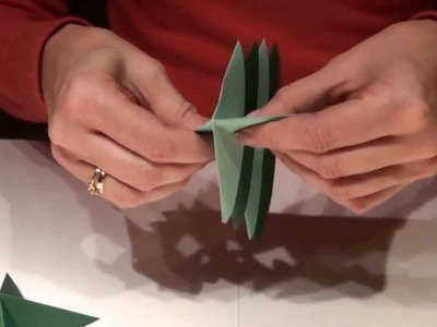 CHOINKA ORIGAMI Jak złożyć choinkę z papieru?