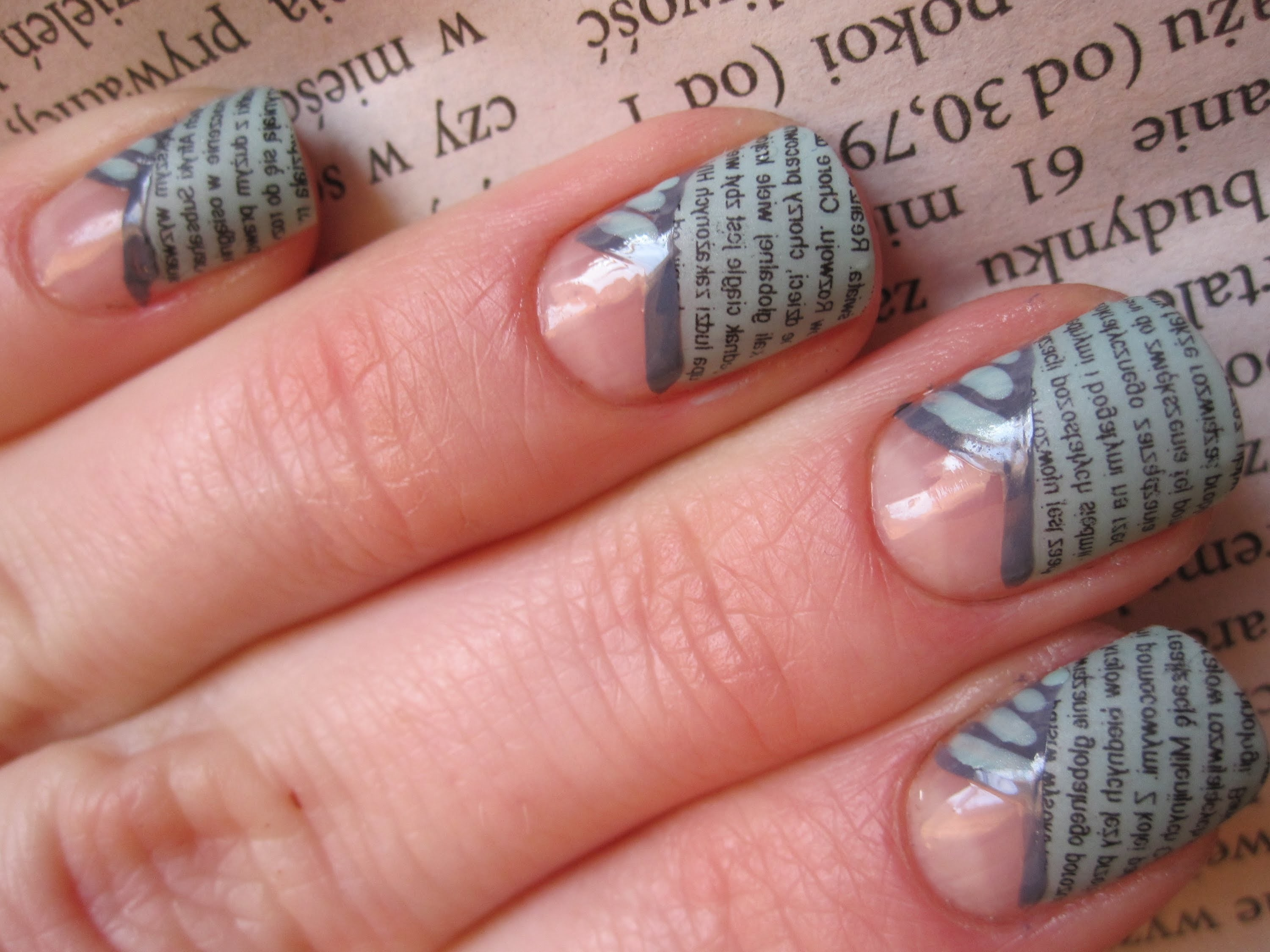 Gazetowy french - tutorial - metoda gazetowa - Newspaper nail art - Wzorki na paznokcie