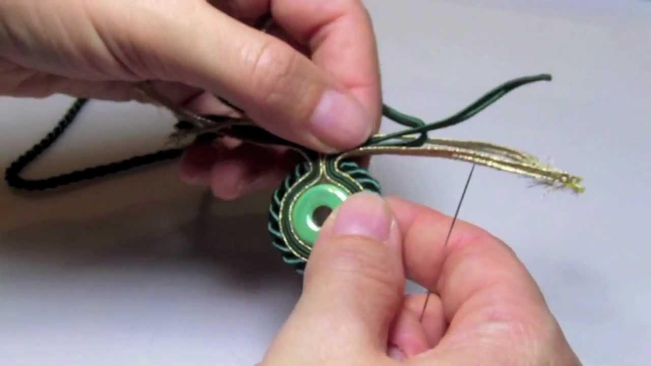 Sutasz  krok po kroku - obszywanie sznurkiem skręcanym