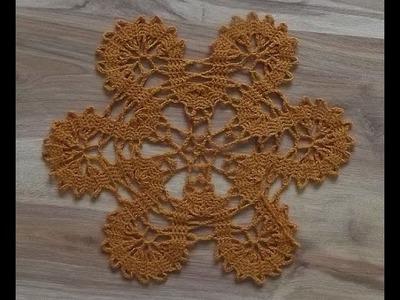 Motyw koronki brugijskiej na szydełku