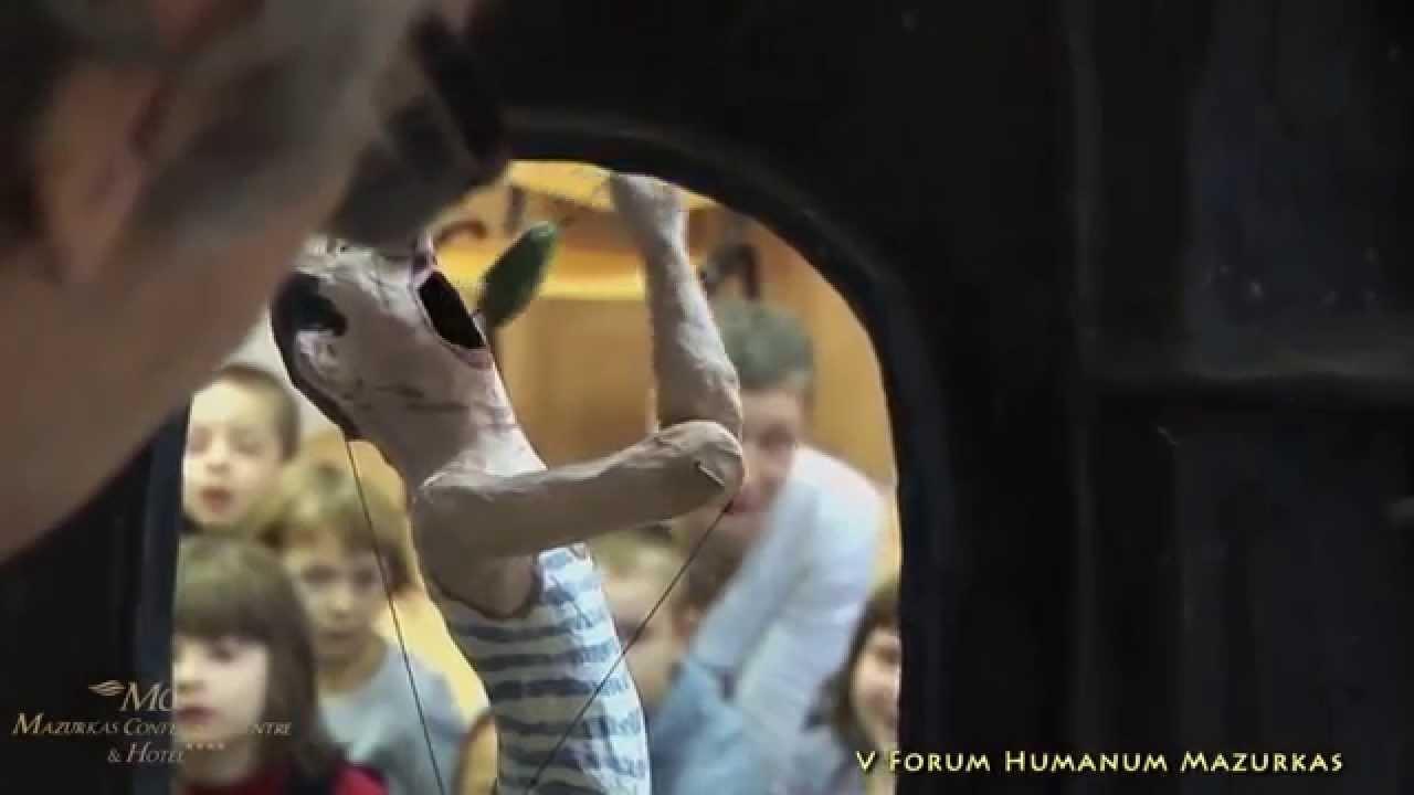 """V FHM- Wystawa Rzeźby Leszka Puchalskiego -""""Ta ostatnia niedziela"""" w technice """"papier mâché"""""""