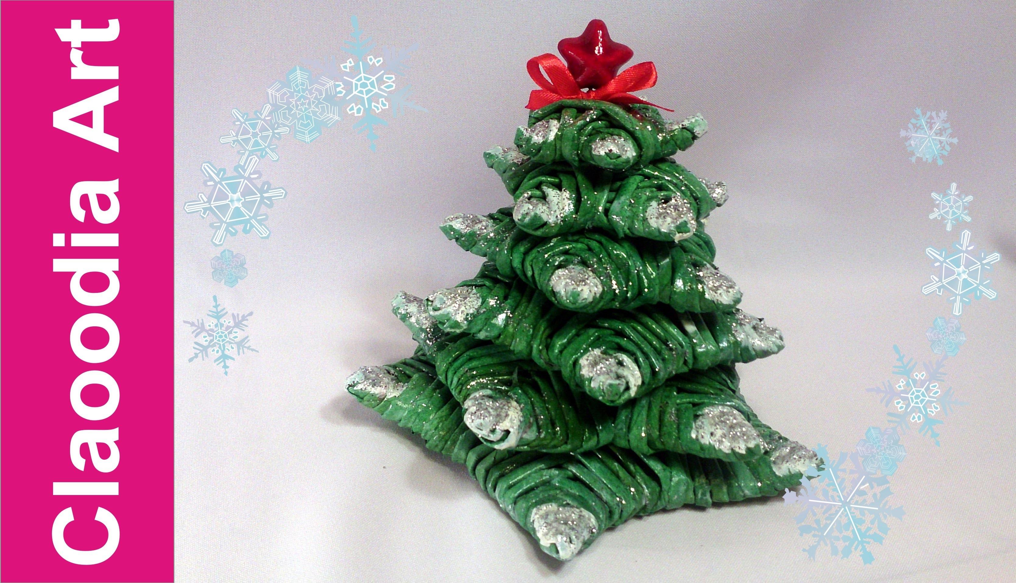 Choinka z gwiazdek  z papierowej wikliny (Christmas tree, paper wicker)