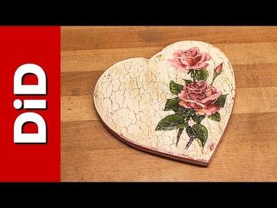 246. Drewniane, zdobione serce cz. 2 - Decoupage