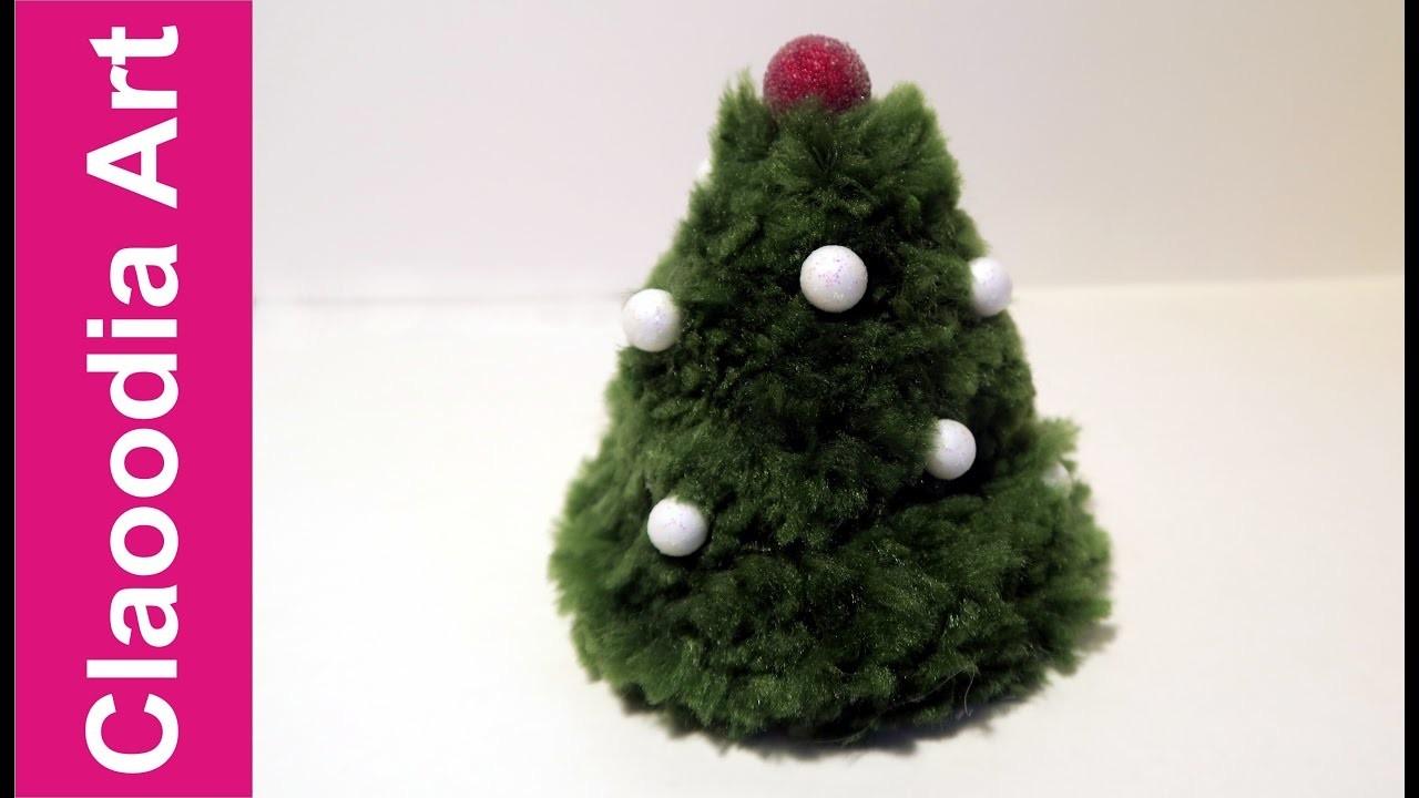 Choinka z pomponów (Christmas tree with pompoms, DIY)