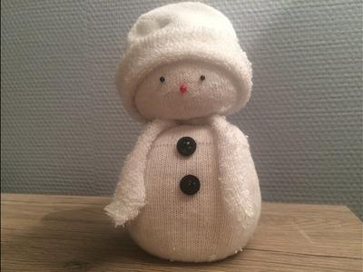 Bałwan ze skarpetki (Świąteczne ozdoby). Snowman made of sock ( Christmas decorations )