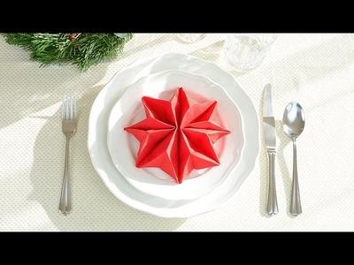 Jak złożyć serwetki na Boże Narodzenie? Choinka, gwiazda betlejemska i kieszonka na sztućce
